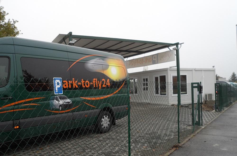 https://direct.parkcloud.com/images/operator/00000000-0000-0000-0000-000000000000/15898