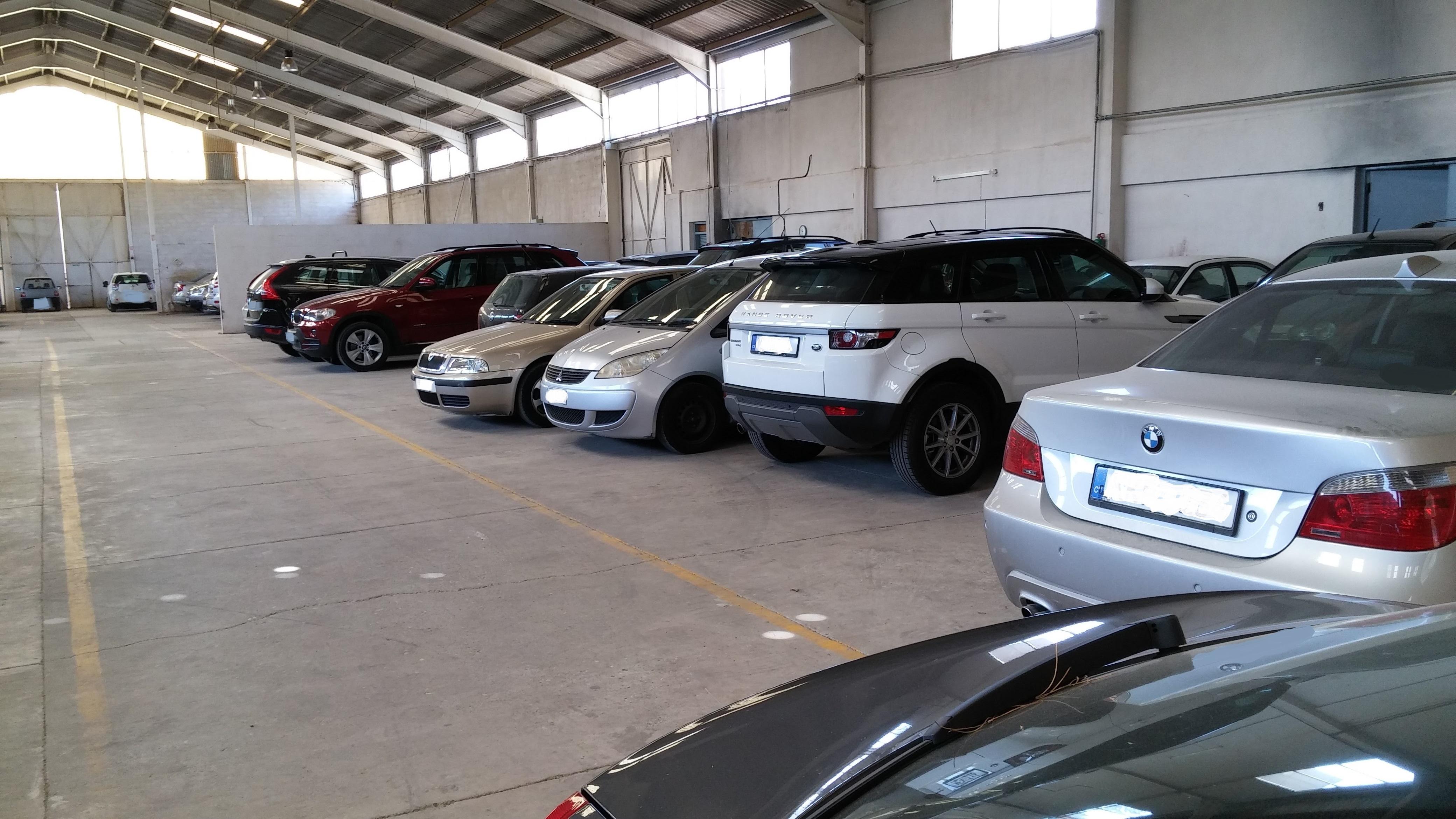 https://direct.parkcloud.com/images/operator/00000000-0000-0000-0000-000000000000/16964