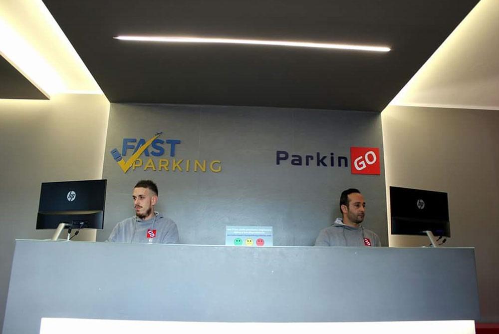 https://direct.parkcloud.com/images/operator/00000000-0000-0000-0000-000000000000/61239
